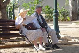 Размер базовых пенсионных выплат повысят в Казахстане для людей, вышедших на пенсию в 90-е